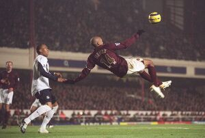 Thierry Henry (Arsenal) Danny Gabbidon (West Ham). Arsenal 2:3 West ham United
