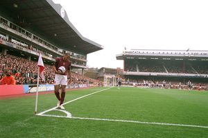 Thierry Henry (Arsenal) prepares to take a corner in the South East corner of the stadium