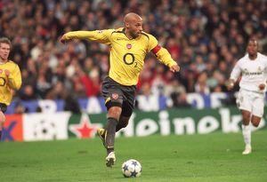 Thierry Henry (Arsenal). Real Madrid 0:1 Arsenal. UEFA Champions League