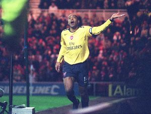 Thierry Henry celebrates scoring the Arsenal goal