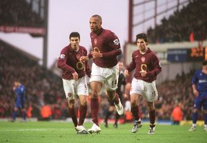 Thierry Henry celebrates scoring Arsenal's 1st goal with Jose Reyes and Cesc Fabregas