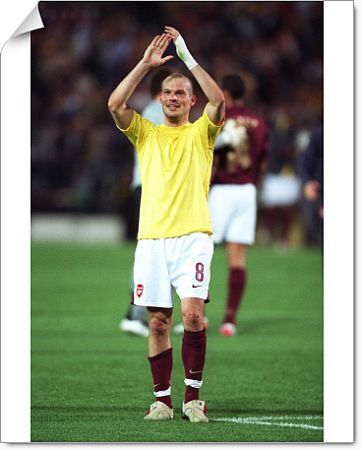 freddie ljungberg arsenal celebrates end match
