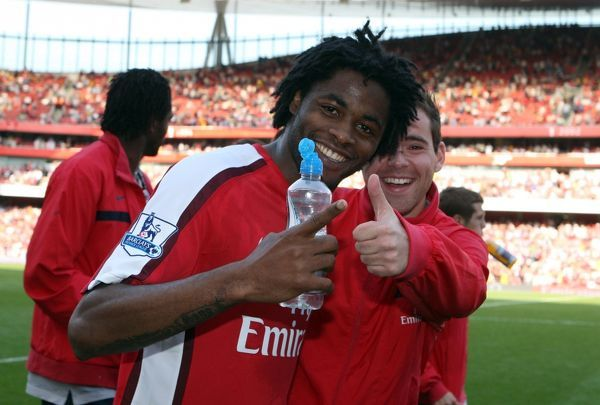 Alex Song and Amaury Bischoff (Arsenal) after the match