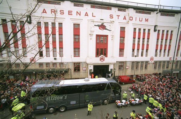 arsenal coach arrives outside east stand