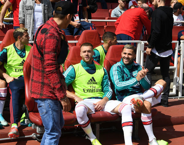 LONDON, ENGLAND - AUGUST 17: (L-R) Mesut Ozil, Calum Chambers and Sead Kolasinac of Arsenal before the Premier League match between Arsenal FC and Burnley FC at Emirates Stadium on August 17, 2019 in London, United Kingdom