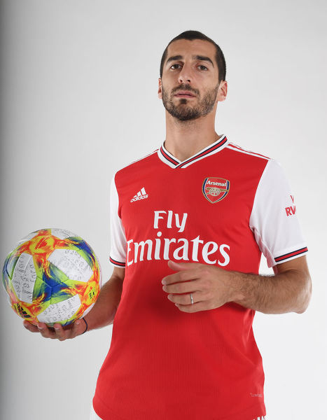 ST ALBANS, ENGLAND - AUGUST 07: Henrikh Mkhitaryan of Arsenal at London Colney on August 07, 2019 in St Albans, England. (Photo by Stuart MacFarlane/Arsenal FC via Getty Images)