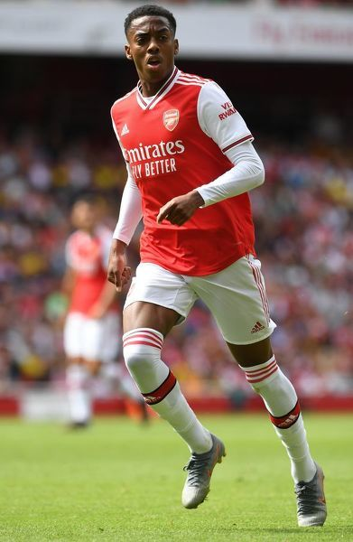 LONDON, ENGLAND - JULY 28: Joe Willock of Arsenal during the match between Arsenal and Olympique Lyonnais at Emirates Stadium on July 28, 2019 in London, England. (Photo by David Price/Arsenal FC via Getty Images)