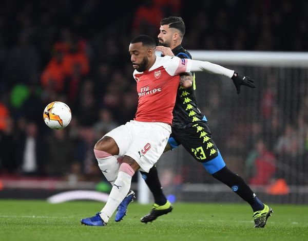 LONDON, ENGLAND - APRIL 11: Alex Lacazette of Arsenal holds off Elseid Hysaj of Napoli during the UEFA Europa League Quarter Final First Leg match between Arsenal and S