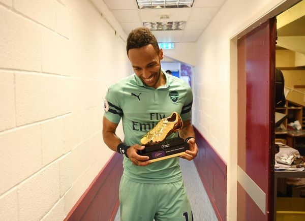 BURNLEY, ENGLAND - MAY 12: Arsenal's Pierre-Emerick Aubameyang with the Golden Boot after the Premier League match between Burnley FC and Arsenal FC at Turf Moor on May 12, 2019 in Burnley, United Kingdom