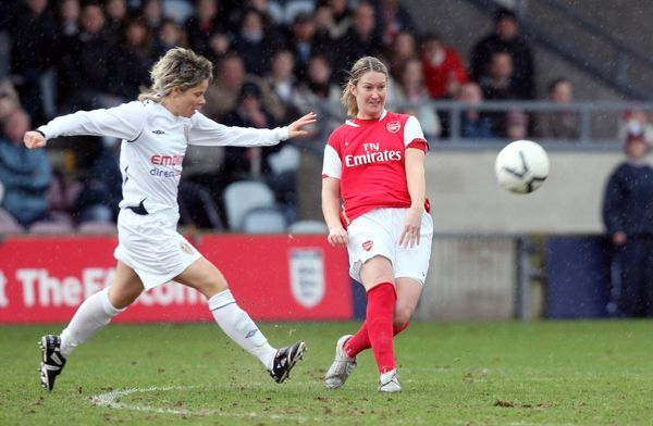 ciara grant arsenal sue smith leeds