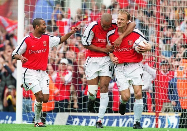 Dennis Bergkamp celebrates scoring the 1st Arsenal goal with Thierry Henry