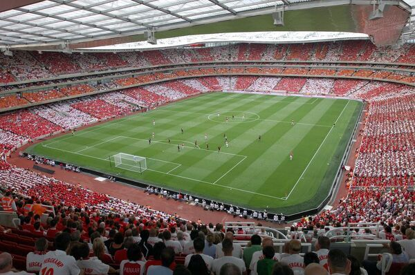 Emirates Stadium. Arsenal 2:1 Ajax. Dennis Bergkamp Testimonial match