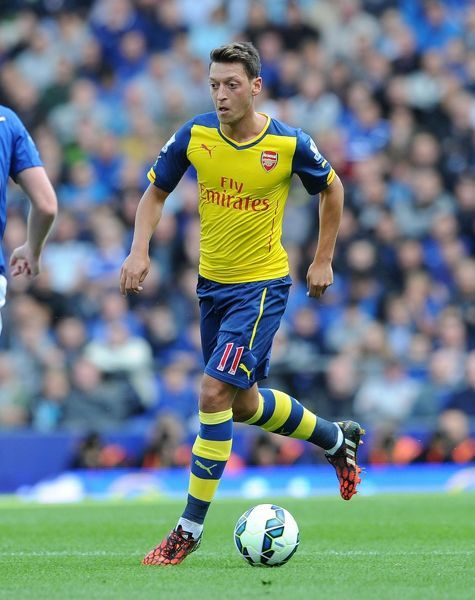 LIVERPOOL, ENGLAND - AUGUST 23: Mesut Ozil of Arsenal during the Barclays Premier League match between Everton and Arsenal at Goodison Park on August 23, 2014 in Liverpool, England