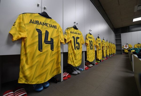 BARCELONA, SPAIN - AUGUST 04: The Arsenal kit in the changingroom before the match between FC Barcelona and Arsenal at Nou Camp on August 04, 2019 in Barcelona, Spain. (Photo by David Price/Arsenal FC via Getty Images)