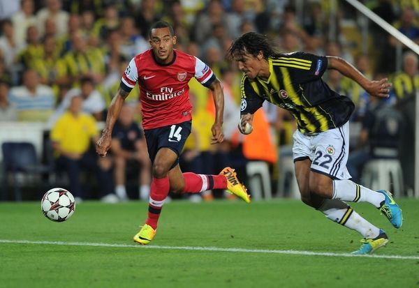 Fenerbahce SK v Arsenal - UEFA Champions League Play-offs: First Leg