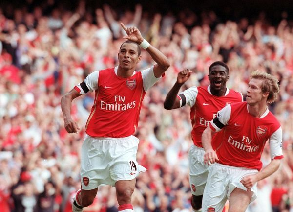 gilberto celebrates scoring arsenal goal