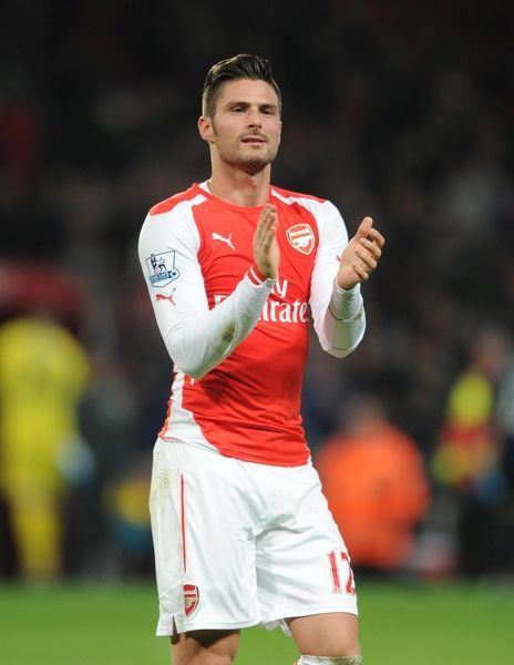 Olivier Giroud (Arsenal) claps the fans after the match. Arsenal 1:0 Southampton
