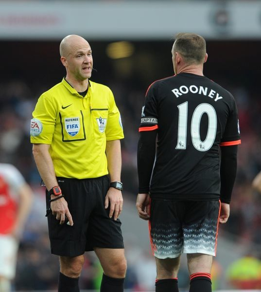 referee anthony taylor arsenal 30 manchester
