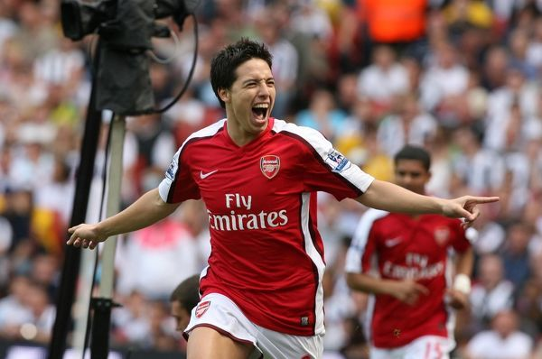 Samir Nasri celebrates scoring the Arsenal goal