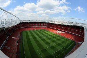 official flickr/1st marking new pitch emirates stadium 29 7 14