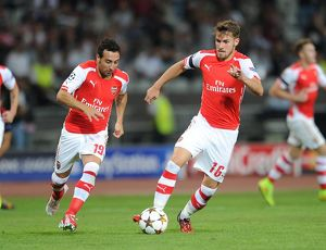 season 2014 15/besiktas v arsenal 2014 15/aaron ramsey santi cazorla arsenal besiktas 00 arsenal