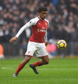 season 2017 18/tottenham hotspur v arsenal 2017 18/alex iwobi arsenal tottenham hotspur 10 arsenal