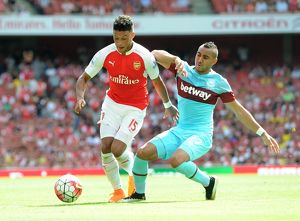 season 2015 16/arsenal v west ham united 2015 16/alex oxlade chamberlain arsenal dimitri payet west ham