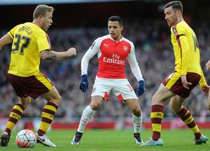 season 2015 16/arsenal v burnley fa cup 4th rd 2016/alexis sanchez arsenal nutmeg assist scott arfield
