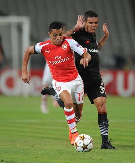 season 2014 15/besiktas v arsenal 2014 15/alexis sanchez arsenal ramon motta besiktas