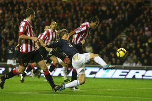 previous season matches/matches 2009 10 sunderland v arsenal 2009 10/andrey arshavin arsenal paulo da silva sunderland