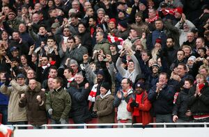 previous season matches/matches 2009 10 arsenal v aston villa 2009 10/arsenal fans celebrate 1st goal arsenal 30 aston