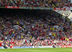 previous season matches/matches 2005 06 arsenal v leicester city/arsenal fans north bank arsenal 21 leicester