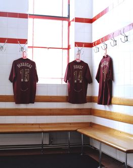 Arsenal home team changinroom. Arsenal Stadium, Highury, London, 3/5/06