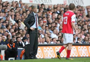 Arsenal manager Arsene Wenger talks with Alex Hleb