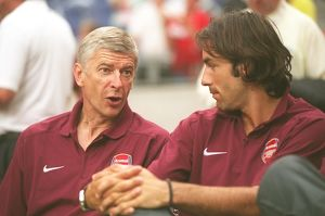 team/players coaches wenger arsene/arsene wenger arsenal manager robert pires ajax 0