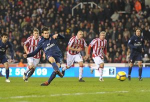 previous season matches/matches 2009 10 stoke city v arsenal 2009 10/cesc fabregas shoots past stoke goalkeeper thomas