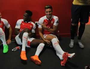Danny Welbeck and Olivier Giroud (Arsenal). Arsenal 1st Team Photcall and Training