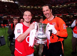 David Seaman anf Freddie Ljungberg (Arsenal) with the FA Cup Trophy