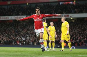 team/players coaches eduardo/eduardo celebrates scoring 1st arsenal goal