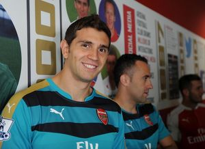 Emi Martinez (Arsenal). Arsenal 1st Team Photcall. Emirates Stadium, 28/17/15. Credit