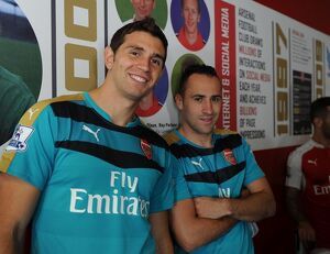 Emi Martinez and David Ospina (Arsenal). Arsenal 1st Team Photcall. Emirates Stadium