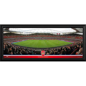 special editions/emirates stadium match action halfway day
