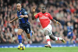 previous season matches/matches 2009 10 arsenal v sunderland 2009 10/emmanuel eboue arsenal anton ferdinand sunderland
