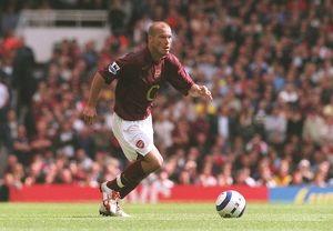 Freddie Ljungberg (Arsenal). Arsenal 2:0 Newcastle United. FA Premier League
