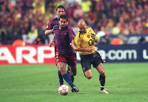 legends/ex players ljungberg freddie/freddie ljungberg arsenal oleguer barcelona