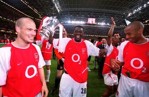 Freddie Ljungberg, Kolo Toure and Thierry Henry (Arsenal) with the FA Cup Trophy