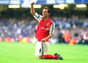 Fredrik Ljungberg celebrates scoring the 2nd Arsenal goal. Arsenal 2:0 Chelsea