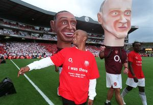 Ian Wright (Ex Arsenal) on the legends parade. Arsenal 4:2 Wigan Athletic