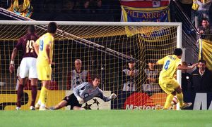 jens lehmann arsenal saves a penalty by riquelme