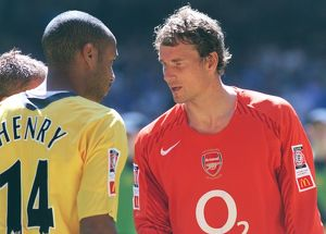 Jens Lehmann and Thierry Henry (Arsenal). Arsenal 1:2 Chelsea